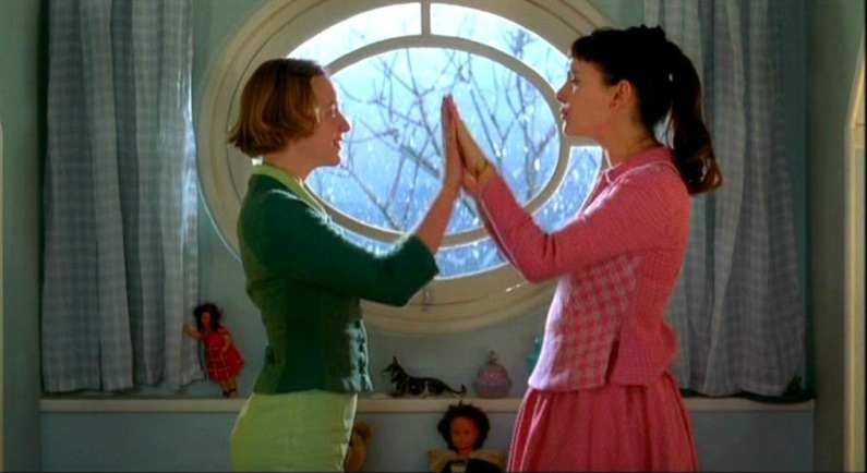 8 Women (2002, Canal +)