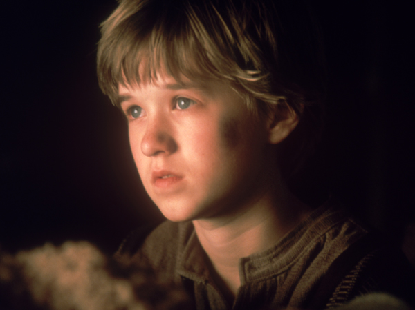 Jamie bell nicholas nickleby nicholas hoult about a boy
