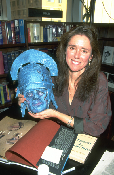 JULIE TAYMOR PRESENTS BOOK OF HER FILM 'TITUS'