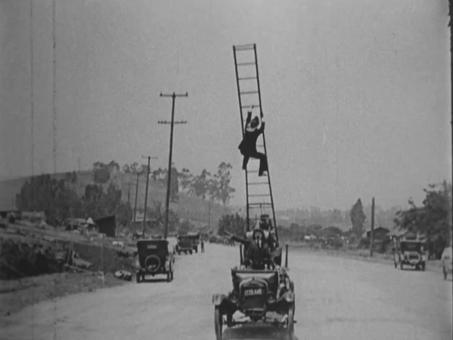 Galloping Bungalows (1924)