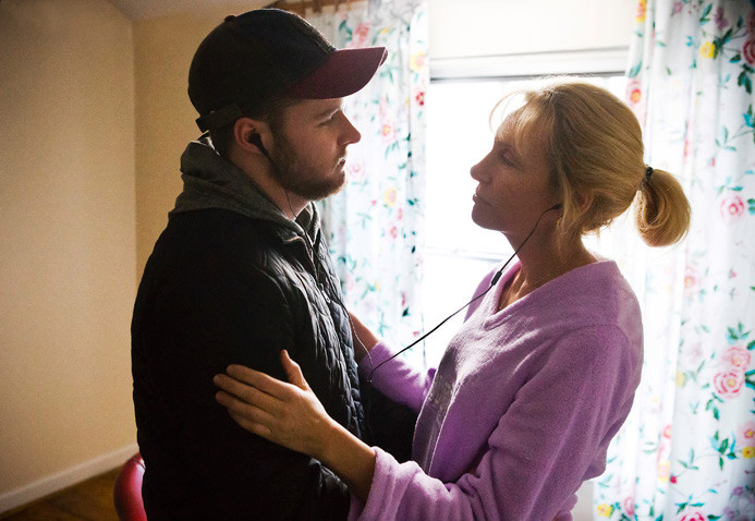 glassland-still1-jackreynor-tonicollette-bypatredmond-2014-11-25-06-06-15am