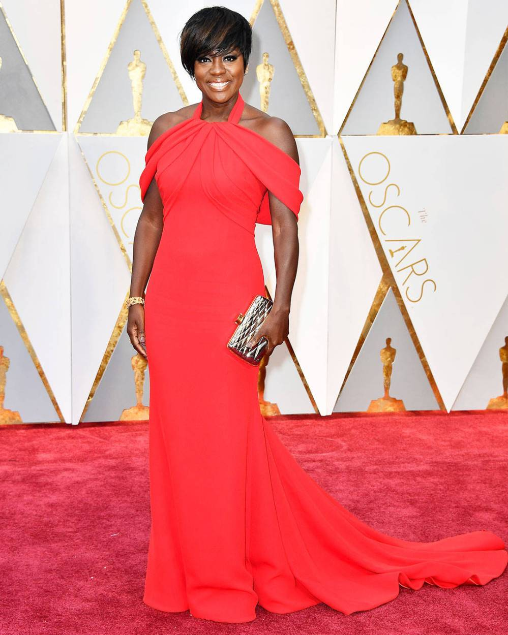 rs_1080x1350-170226165527-1080-viola-davis-oscars-hollywood-kg-022617